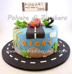 Polvere di Zucchero: cake design e sugar art. Corsi decorazione torte,biscotti,cupcakes e fiori: Torta decorata Cars: Saetta Mcqueen va sempre forte!