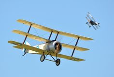 Ferte-Alais 2012. A Sopwith Triplane chased by a Fokker Dr1 (replicas).