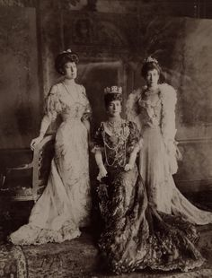 Queen Alexandra with daughters Victoria (left) and Louise (right)