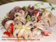 Ginataang Pugita, Baby Octopus in Coconut Milk Coconut Milk Recipes, Canned Coconut Milk, Octopus Recipes, Sisig, Baby Octopus, Fish And Meat, Pinoy Food, Secret Recipe, Just Cooking
