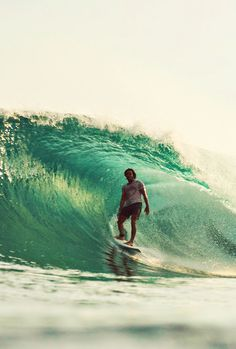 Looking relaxed #surfing http://www.blueprinteyewear.com/