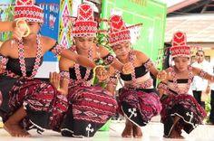 Kabupaten Alir. Alor. Flores. Indonesia Rave, Style, Fashion, Flowers, Raves, Swag, Moda, Fashion Styles, Fashion Illustrations