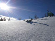 Schneeschuhwandern im Naturpark Dobratsch, es geht auch mit Bauchrutschen. Winter, Snow, Outdoor, Summer, Outdoors, Outdoor Games, Outdoor Life, Human Eye