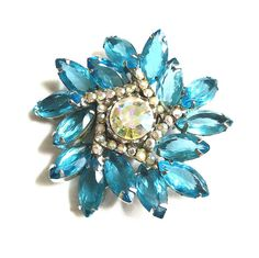 #TeamLove #BiziTalk #Vintage JULIANA Blue Zircon and Aurora Borealis Rhinestone Brooch – Verified D&E