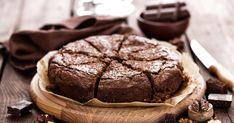 A kakaós-diós sütiből egy tepsi mindig kevés, így érdemes rögtön megduplázni az adagot.