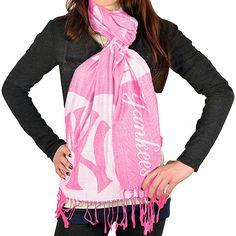 Yankees scarf!