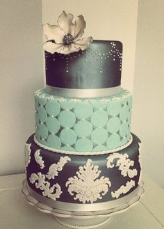 Steel baroque cake