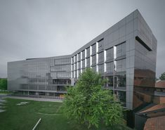 Gallery of Anne-Marie Edward Science Building at John Abbott College / Saucier + Perrotte architectes - 6
