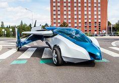 Aeromobil Roadable aircraft 2.5  - Carro voador atinge até 200 km/h de velocidade; veja vídeo http://www.youtube.com/watch?v=ow6ybXBF9AU. O projeto levou mais de 20 anos para chegar à versão atual. Source: Infomoney http://www.infomoney.com.br/minhas-financas/carros/noticia/3027936/carro-voador-atinge-ate-200-velocidade-veja-video?utm_source=newsletter&utm_medium=email&utm_campaign=nlcarros