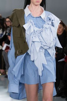 Maison Margiela at Couture Spring 2016 (Details) @jacintachiang - what was the thinking behind this? 'Oh look, I have some scraps - waste not, want not!'?