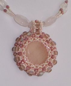 Cameo Necklace, Pearl Necklace, Rose Quartz, Beading, Glass Beads, Pearls, Pendant, Jewelry, Gold