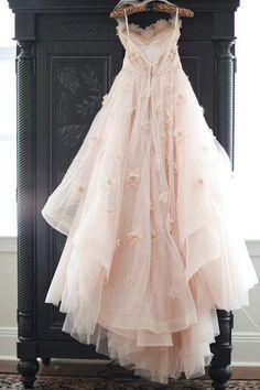 Vintage Strapless Sweetheart Neckline Flower Tulle Wedding Dress WD132
