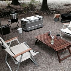 17 Awesome Camping Tables That Fold Up Aluminum – Lean Camp Pins – bushcraft camping Camping Set, Camping Table, Camping Guide, Camping Glamping, Family Camping, Camping Hacks, Outdoor Camping, Bushcraft Camping, Camping Survival