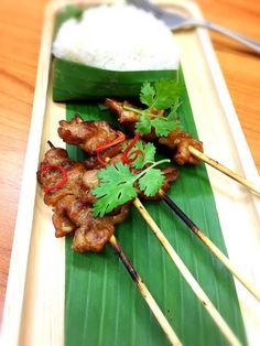 Grilled pork with sticky rice