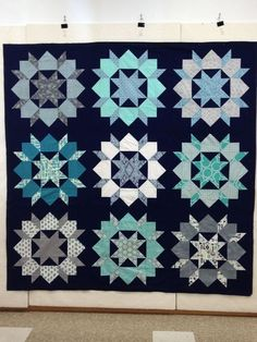 My favorite color way for the swoon quilt. Swoon quilt in navy :-)