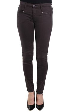 AG Adriano Goldschmied Women's Sateen Moto Legging Pinecone Brown Size 31. Two front faux zip pockets. Zip fly with button closure. Rear patch pockets. Ankle zip. Moto stitching detail at knee. 80% Cotton, 15% Modal, 5% Polyurethane. Machine wash.