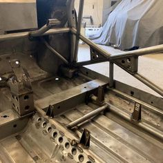 Cage almost finished on race car Classic Mini, Classic Cars, Vw Caddy 1, Tube Chassis, Racing Car Design, Mini Spa, Because Race Car, Car Mods, Roll Cage