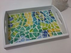 Mosaic tray Mosaic Tray, Mosaic Glass, Mosaic Tiles, Mosaic Projects, Iron Decor, Class Projects, Mosaic Designs, Art Auction, Deco Mesh