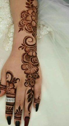 Mehndi Designs Front Hand, Khafif Mehndi Design, Modern Henna Designs, Latest Arabic Mehndi Designs, Floral Henna Designs, Henna Tattoo Designs Simple, Mehndi Designs Book, Mehndi Designs For Girls, Mehndi Designs For Beginners