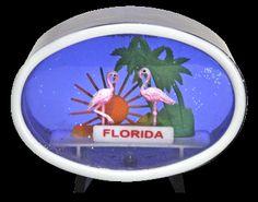 Florida Pink Flamingoes snowdome/ snowglobe