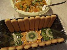 tort-cu-crema-de-iaurt-si-fructe-2 Dessert Bars, Mcdonalds, Pasta Salad, Waffles, Sausage, Deserts, Food And Drink, Breakfast, Sweets