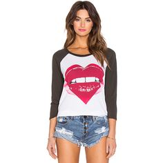 Lauren Moshi Maglan Pink Heart Lip Tee Tops (495 BRL) ❤ liked on Polyvore featuring tops, t-shirts, fashion tops, heart tee, pink top, lauren moshi tees, lauren moshi t shirts and pink tee