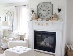 """Lovely Deco: On adore le blanc chez """" Proverbs 31 Girl """""""