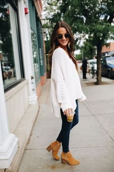 Chellysun casual deep v neck knit cozy oversized sweaters outfits for fall and winter cute chunky sweater cardigans for teens # outfitideas White Oversized Sweater, Black Leggings Outfit, Oversized Sweater Outfit, Tribal Leggings, Legging Outfits, Cute Sweater Outfits, Edgy Teen Fashion, Womens Fashion, Fashion Trends