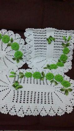 Lindo jogo de crochet