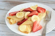 Crepes are easier to make than you think. Give this dessert crepe recipe a try! -from Creations by Kara Breakfast Crepes, Crepes And Waffles, Breakfast Dishes, Thin Pancakes, Strawberry Banana, Strawberry Recipes, Fruit Recipes, Banana Crepes, Deserts
