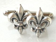 Steampunk FLEUR DE LIS - Men's Cufflinks Cuff Links - Antique Silver - New Orleans Saints - By GlazedBlackCherry