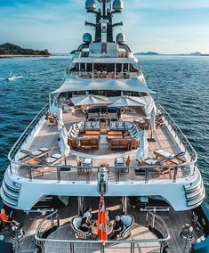 Tug Boats, Motor Boats, Yatch Boat, Luxury Concierge Services, Beautiful Villas, Super Yachts, In Ancient Times, Luxury Yachts, Upper Deck