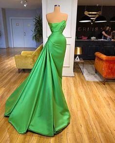 Prom Girl Dresses, Glam Dresses, Strapless Dress Formal, Stunning Dresses, Elegant Dresses, Pretty Dresses, Gala Gowns, Pageant Gowns, Award Show Dresses