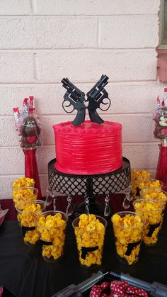 Pistols And Pearls Cake Things I Ve Made Pinterest