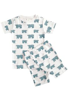 These cozy pajamas are short sleeved and meant to be snug fitting, because no flame retardants or chemicals are used in our clothing. If your little one is between sizes, buy up for the best fit. Summer Pajamas, Cozy Pajamas, Kids Fashion, Fashion Outfits, Organic Baby Clothes, Sustainable Clothing, Black Romper, Summer Kids, Organic Cotton