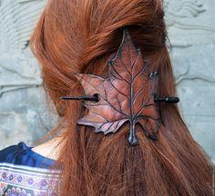 """Купить Заколка для волос """"Осенний лист"""" - разноцветный, кожа натуральная, дерево, заколка для волос, лист"""