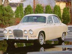 Jaguar Daimler, Automobile, Big, Vehicles, Euro, Motorcycles, British, Trucks, Antique Cars