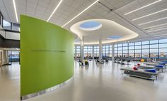 Image 19 of 28 from gallery of Spaulding Hospital / Perkins+Will. Photograph by Anton Grassl/Esto Healthcare Architecture, Hospital Architecture, Healthcare Design, Interior Architecture, Clinic Design, Gym Design, Design Ideas, Gym Center, Centre