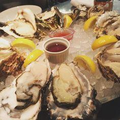今日はオイスター  #love #oysters #レストラン #tokyorestaurant #老舗レストラン#東京レストラン #オイスター #ごちそう #gocciso #simplicity