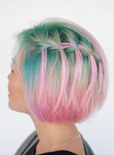 Rainbow hair. Cabello teñidas con colores de fantasía