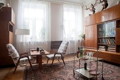 "Minimalist interior in the Soviet period of the ""thaw"""