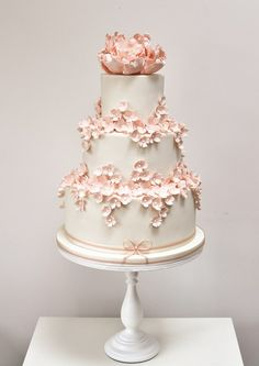 The Great British (wedding) Bake Off - Cakes - YouAndYourWedding