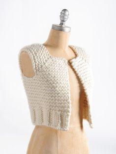 Knitting Patterns Vest Blue Sky Alpacas – Lanesboro Vest - top down, chunky wool. Crochet Bolero Pattern, Poncho Au Crochet, Vest Pattern, Knitting Blogs, Hand Knitting, Knitting Patterns, Tricot D'art, Chunky Wool, Knit Vest