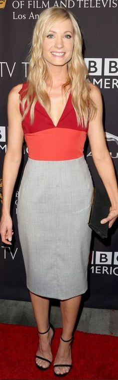 Joanne Froggatt: Dress – Altuzarra  Shoes – Stuart Weitzman  Purse – Jimmy Choo  Earrings – Suzanne Kalan  Ring – Carrera y Carrera