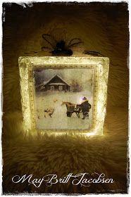 Idag er det luke 15 i Julekalenderen som skal åpnes. Jeg har laget lampe av en helt vanlig glassbyggerstein jeg har kjøpt til 22,- på Bilt...