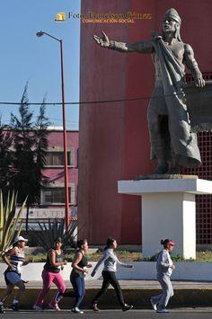 Nezahualcóyotl Méx. 17 Marzo 2013. Un esfuerzo individual y colectivo como el del Rey Poeta Nezahualcoyotl.                                                                                                                                                                               Foto. Francisco Gómez