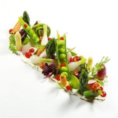 """2,234 mentions J'aime, 7 commentaires – The Best Chef (@thebestchefawards) sur Instagram : « Acquerello - San Francisco """"Baby spring vegetables with herbed Mascarpone and pickled mustard seeds"""" »"""