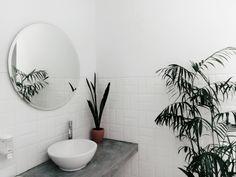 Bathrooms are great to implement minimalism design aesthetics. See the minimalist bathroom trends that promote zen and bing your bathroom to life. Light Fixtures Bathroom Vanity, Bathroom Wall Lights, Shower Fixtures, Light Bathroom, Bathroom Vanities, Bathroom Design Small, Modern Bathroom, Condo Bathroom, Small Bathrooms