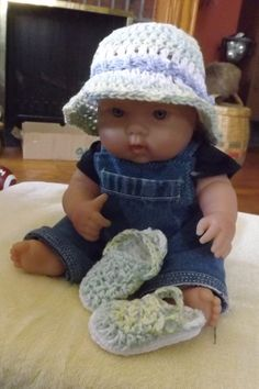 Beach hat and clog set by NutHouseKnots on Etsy