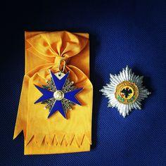 Der Hohe Orden vom Schwarzen Adler war der höchste preußische Orden. Gestiftet wurde er durch Kurfürst Friedrich III. von Brandenburg am 17. Januar 1701, dem Tag vor seiner Selbstkrönung in Königsberg am 18. Januar 1701.